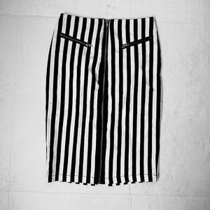 Guess pencil skirt sz. XS